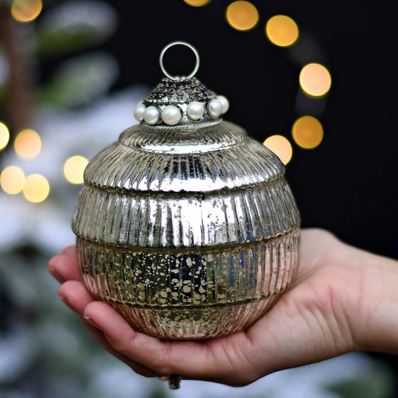 Bombka RETRO - srebrna 9cm.