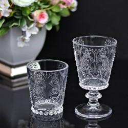 Szklanka kryształowa.
